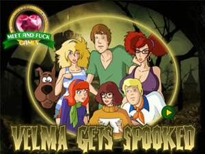Velma Gets Spooked Scooby Doo sex game